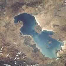 حجم آبی دریاچه ارومیه ۱۴ میلیون مترمکعب کاسته شد