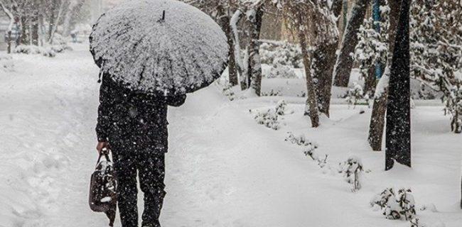 برف و باران در راه آذربایجان غربی/پیش بینی وزش باد شدید
